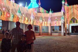 Kirche an Weihnachten in Kerala