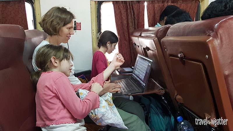 Bahn in Indien Schlafwagen Tier AC 3