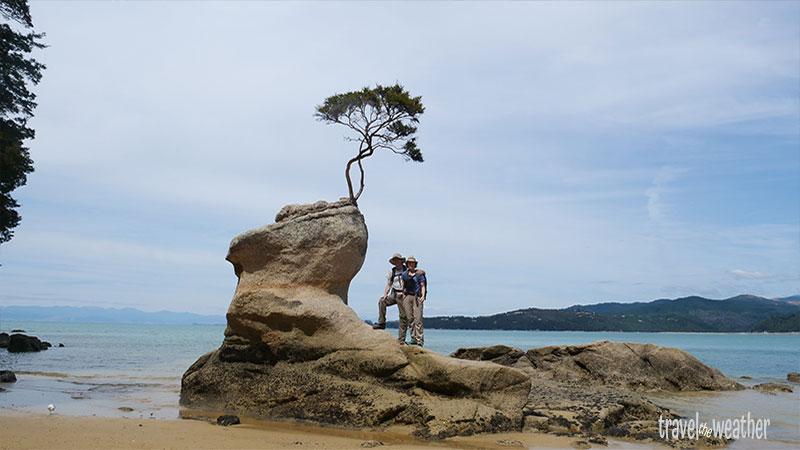 Auch auf diesen Felsen in der Tinline Bay hätten wir bei Flut nicht klettern können.